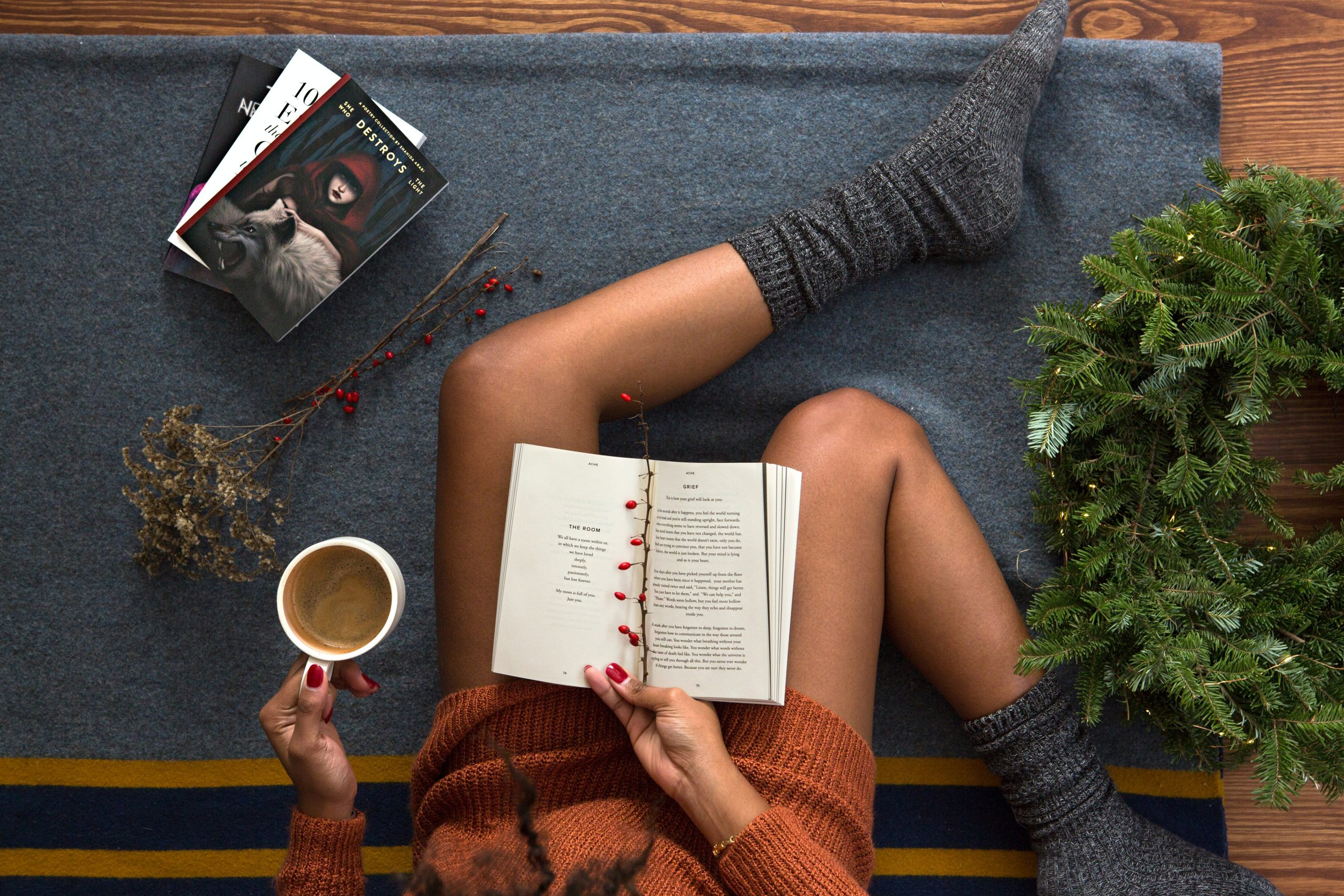 Gifts for Book Lovers and Enthusiasts by Gifter World