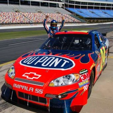 Race Car Driving Experience and Nascar by Gifter World