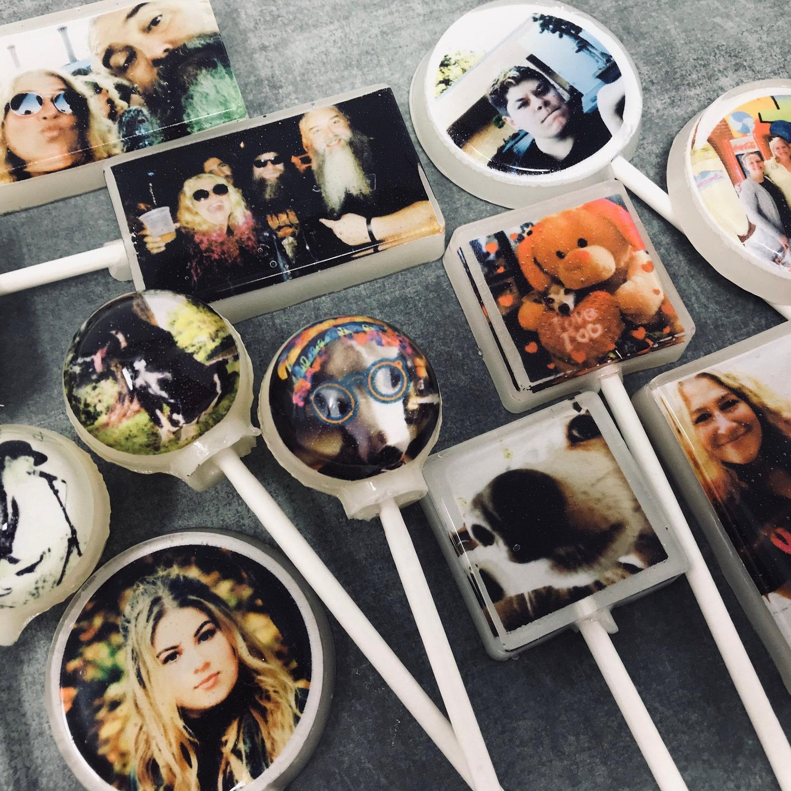 Personalized Lollipops from Gifter World