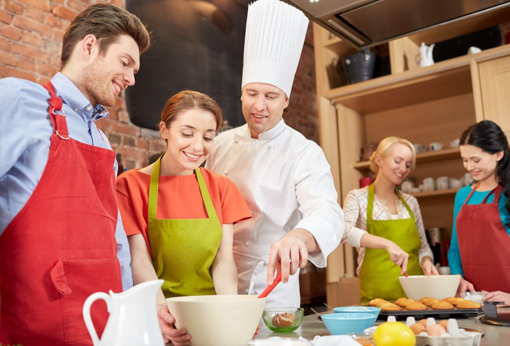 Cooking CLasses and Unique Valentine's Day Gifts for Couples by Gifter World