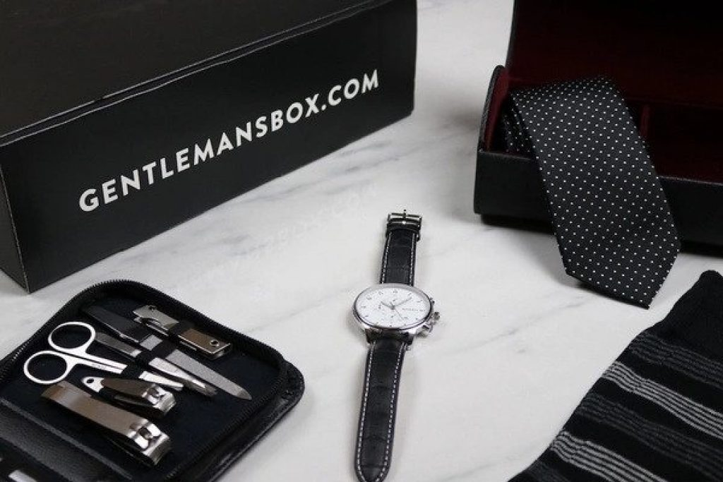 Gentleman's Box Subscription and the Best Gifts for 20 Something Guys by Gifter World