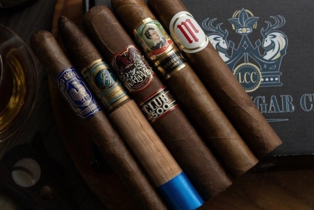 Luxury Cigar of the Month Club and the Best Gifts for a 70-Year-Old Man by Gifter World