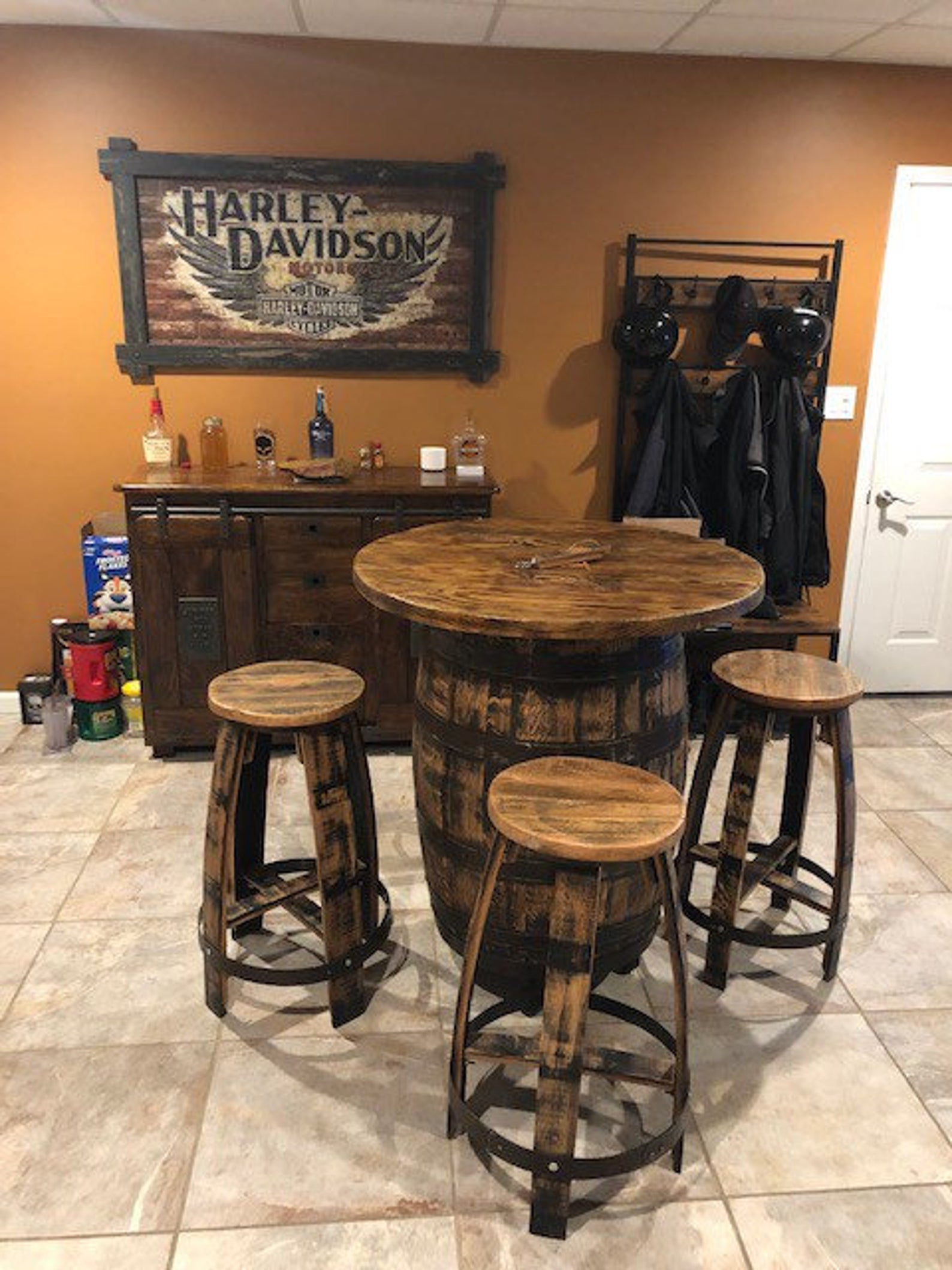 Whiskey Barrel Table and Bar Stools by Gifter World