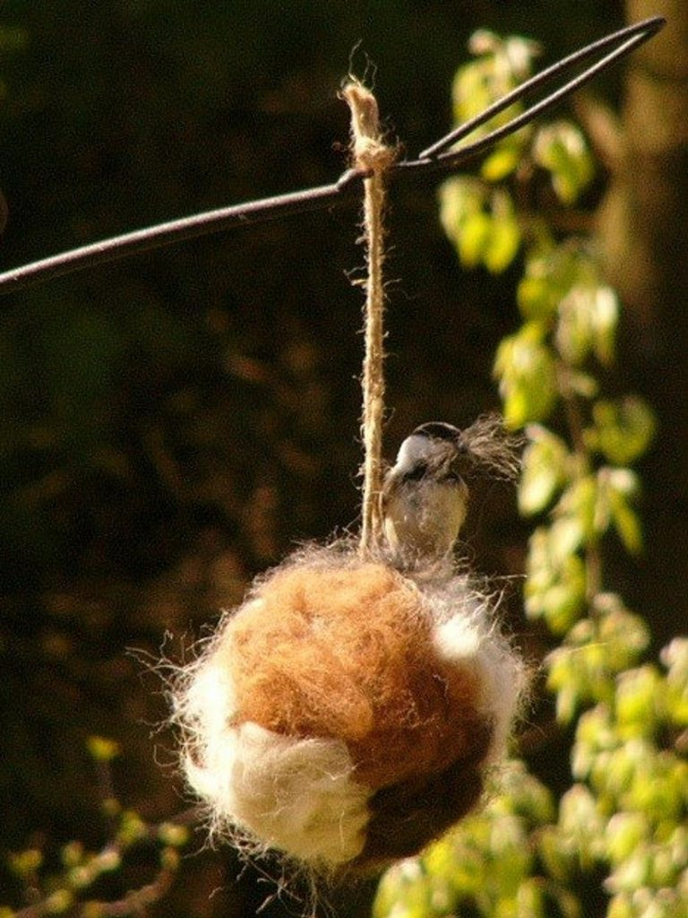 Alpaca Bird Nesting Ball and the Best Gifts for Environmentalists by Gifter World
