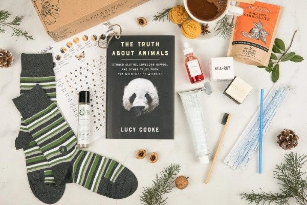 Earth Love Crate and the Best Gifts for the Environmentalist by Gifter World