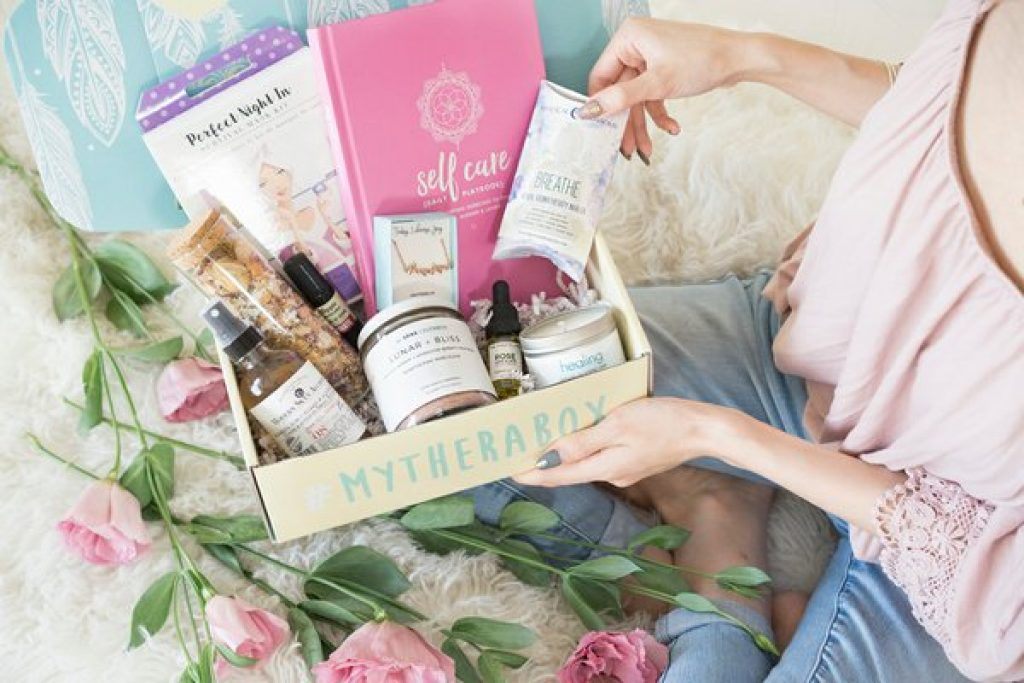 Therabox and Unique Gifts for a 40 Year Old Woman by Gifter World