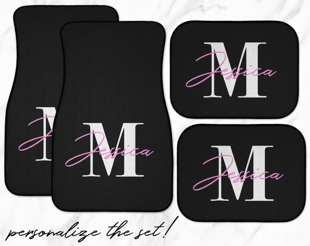 Customized Car Mats and Personalized Car Accessories as Gifts by Gifter World
